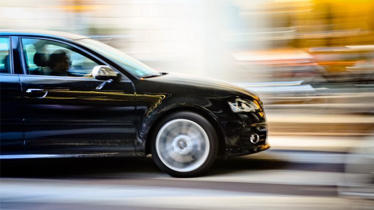 motion_blur_car_hacking_photography